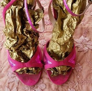 Marc Jacobs Fuchsia Pink Suede Metallic heels